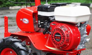 Мотоблок Салют 100: характеристика и эффективное применение с навесным оборудованием