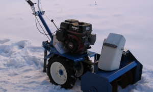 Снегоуборщики Нева – чем подкупает техника отечественного производителя