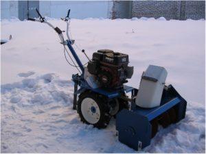 Снегоуборщик / снегоочиститель для мотоблока Нева