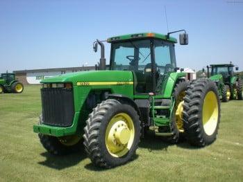 Трактор Джон Дир 8400