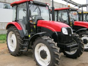 Трактор ЛМЗ 804