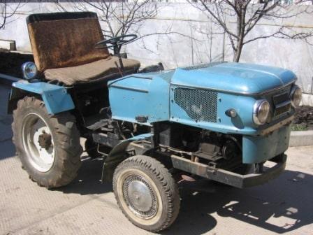 Трактор видео из москвича 89