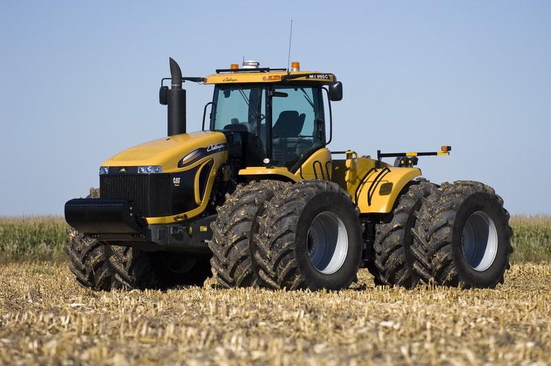 Тракторы Challenger (Челленджер) МТ900