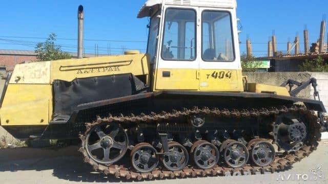 Трактор т 404