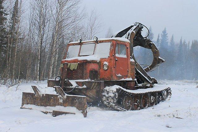 Трелёвочный трактор Кировский ЛТ-154