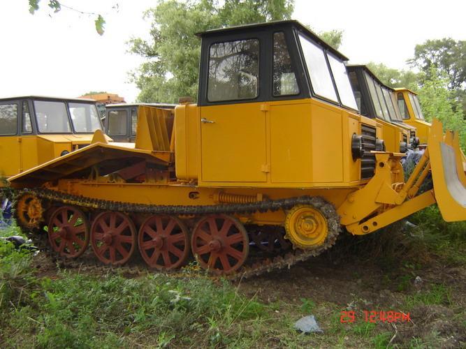 Трелевочный трактор J-65a