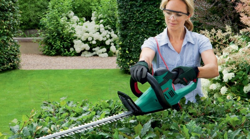 Cадовая техника — кусторез для сада