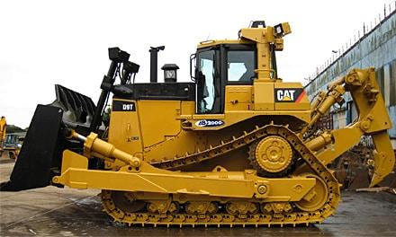 Чем бульдозер отличается от трактора?