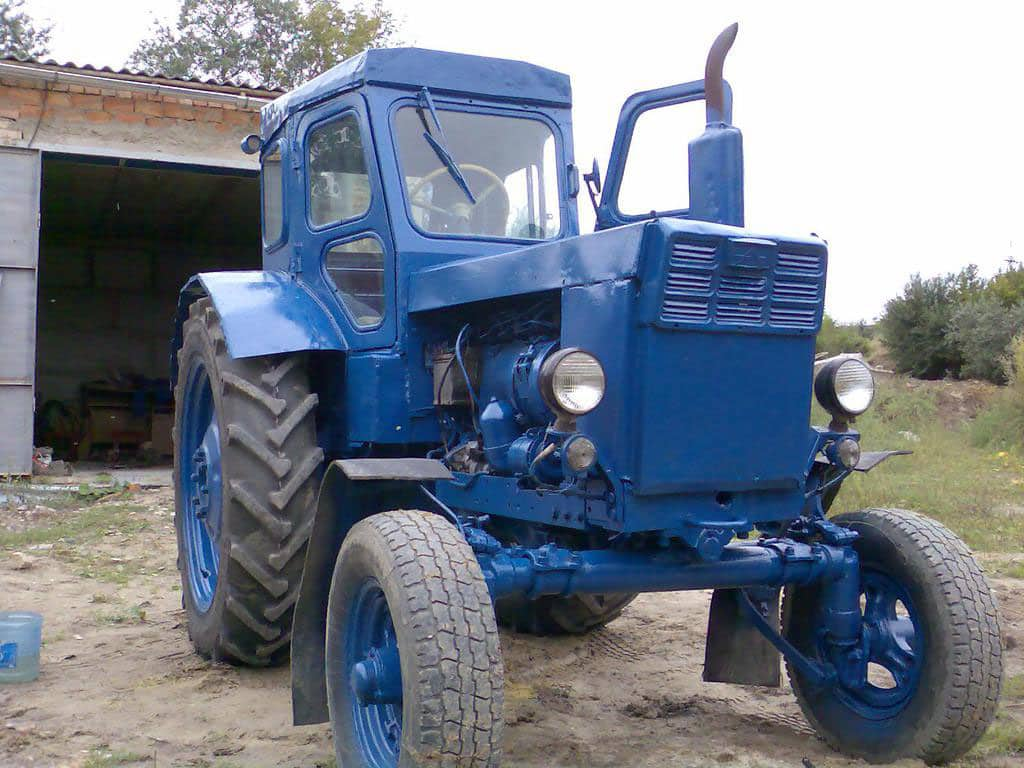 Трактор Т 40 А. Установкой зажигания