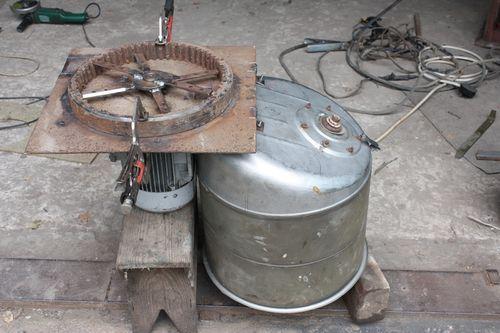 Зернодробилка из стиральной машины своими руками