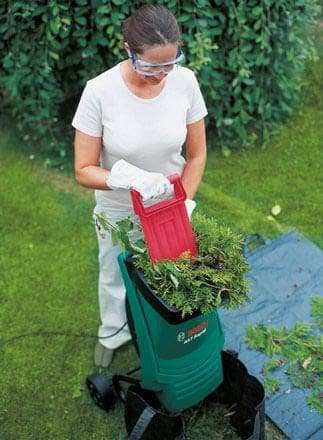 Садовый измельчитель Bosch AXT Rapid 2000